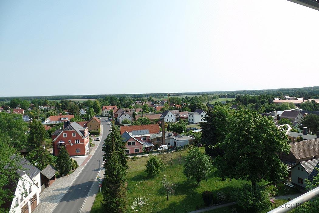 Trinitatiskirche Gablenz Sicht Dorfstraße